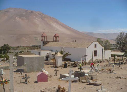 Cementerio de Tiviliche en Huara