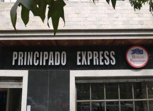 Hotel Principado Express en Santiago