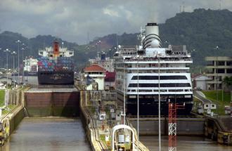 TOUR CANAL DE PANAMá Y CENTRO DE VISITANTES MIRAFLORES. ,