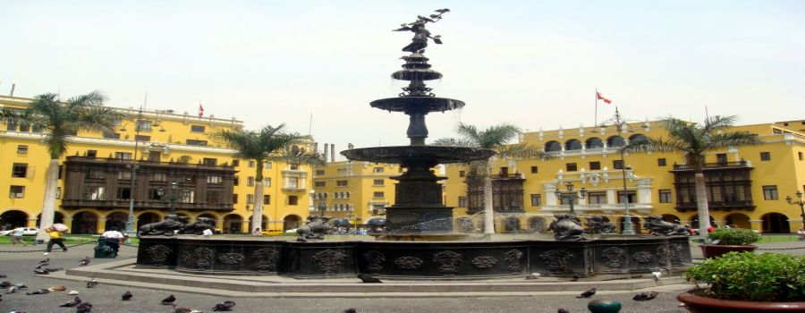 Plaza Mayor Lima, PERU