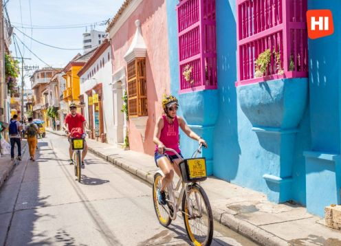 Historical City Tour by bicycle through Cartagena. Cartagena de Indias, COLOMBIA