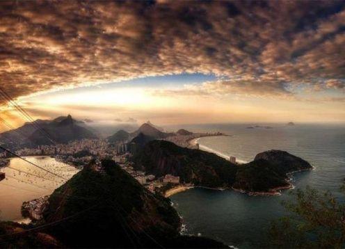 Private excursion during your stopover in Rio de Janeiro. Rio de Janeiro, BRASIL