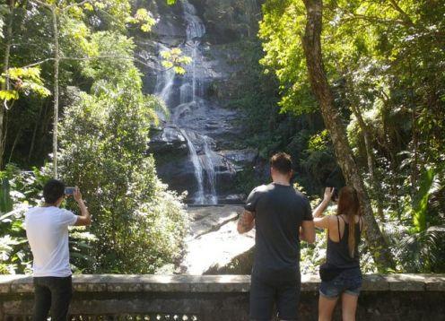 Recorrido por los principales lugares de interés de Río de Janeiro, incluidos los pasos de Cristo Redentor y Selaron. Rio de Janeiro, BRASIL