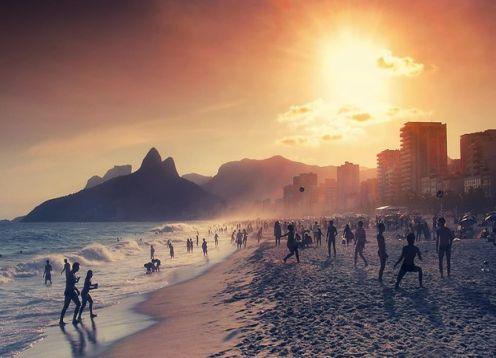 Recorrido de medio día en rucero por la bahía de Guanabara. Rio de Janeiro, BRASIL