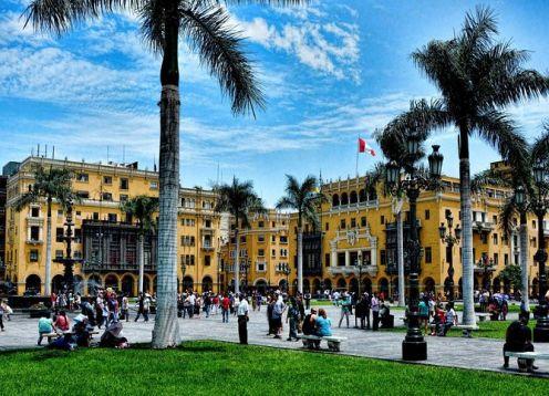 Pasado y presente de Perú.City tour + Museo Larco + Museo Memorial. Lima, PERU