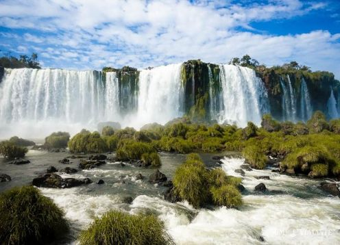 Entrance to the Iguazu Falls. Foz de Iguazu, BRAZIL