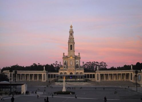 Full day tour to Fatima, Nazar� and �bidos from Lisbon. Lisbon, PORTUGAL