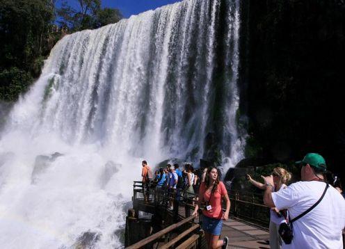 Cataratas de Iguazu y aventura por el lado Argentino . Foz do Iguacu, BRASIL