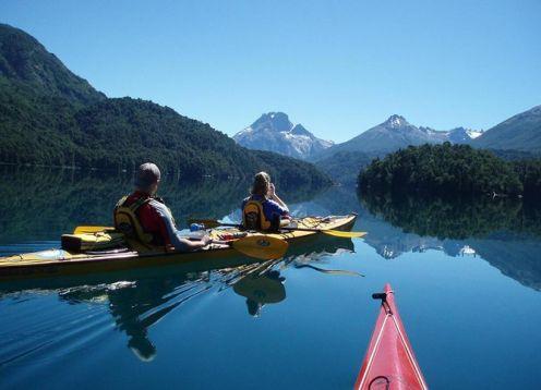 Medio día en kayak suave en Bariloche. Bariloche, ARGENTINA