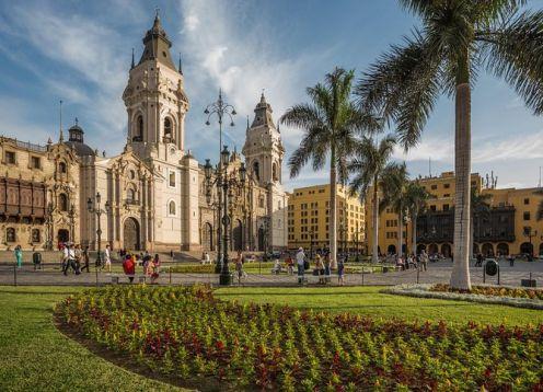 Half Day City Tour and Larco Herrera Museum. Lima, PERU