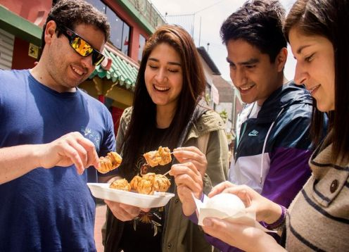 Sabores y tradición: recorrido a pie por la ciudad con degustación de comida. Lima, PERU