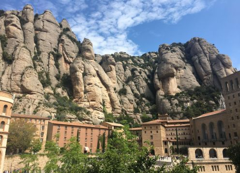 Montserrat with lunch and gourmet wine tasting included. Barcelona, Spain