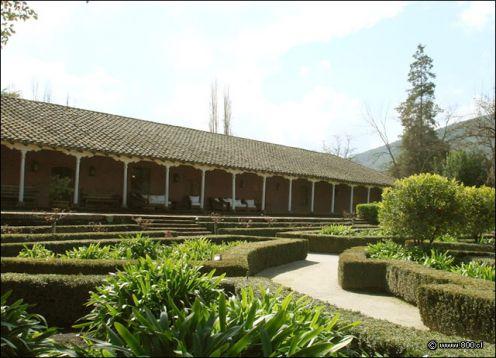 TOUR DEL VINO - VINA SANTA RITA. Santiago, CHILE