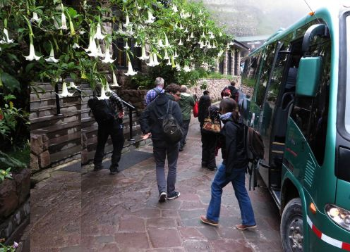 BUS ÁGUAS CALIENTES / MACHU PICCHU / ÁGUAS CALIENTES. Cusco, PERU