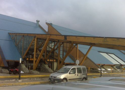 Suttle from Ushuaia Airport to Hotel. Ushuaia, ARGENTINA