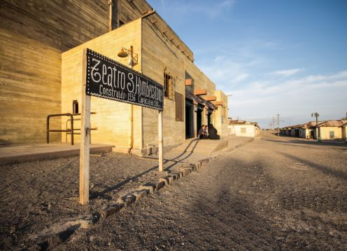 TOUR SALITRERAS + GEOGLIFOS PINTADOS. ,