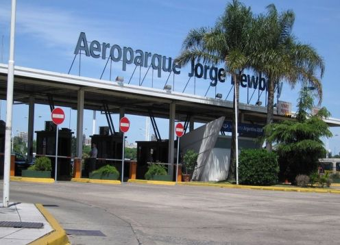 Transfer from Aeroparque to Hotel in Buenos Aires or V.V. Buenos Aires, ARGENTINA