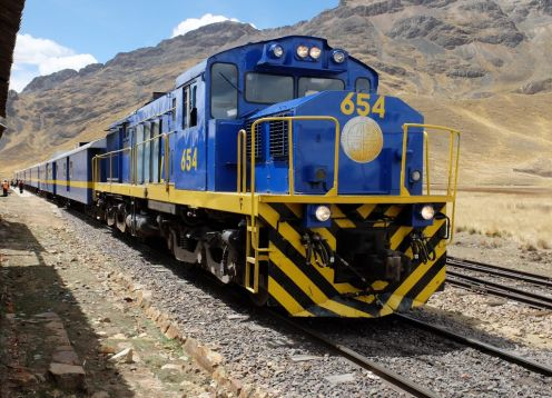 Train Puno / Cusco with lunch. Puno, PERU
