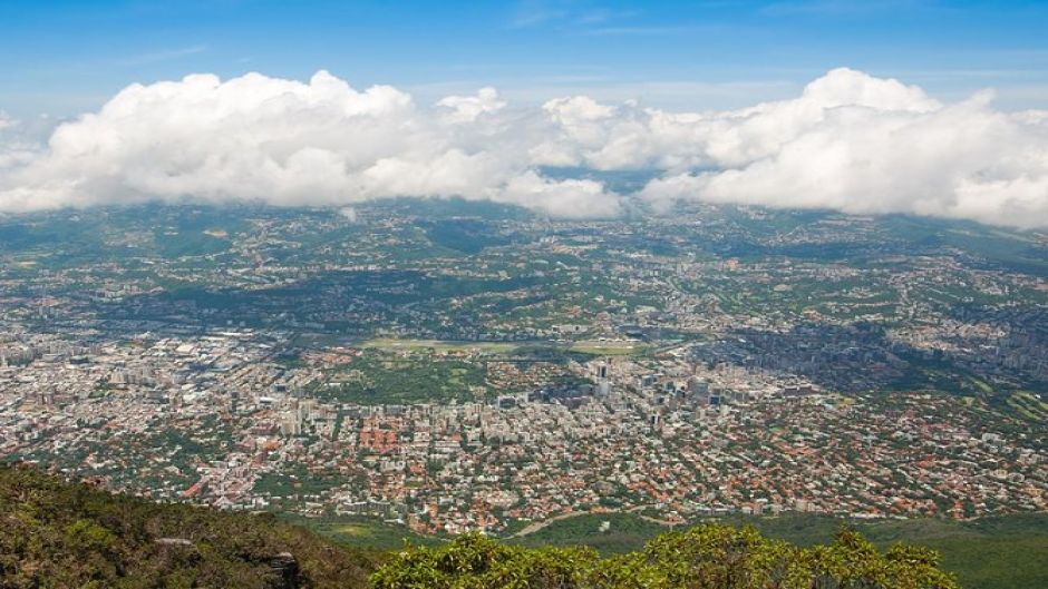 Full day Caracas tour with cable car and lunch. Caracas, Venezuela