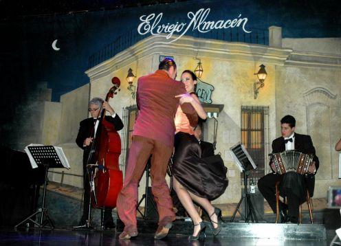 O Viejo Almacen show de tango . Buenos Aires, ARGENTINA
