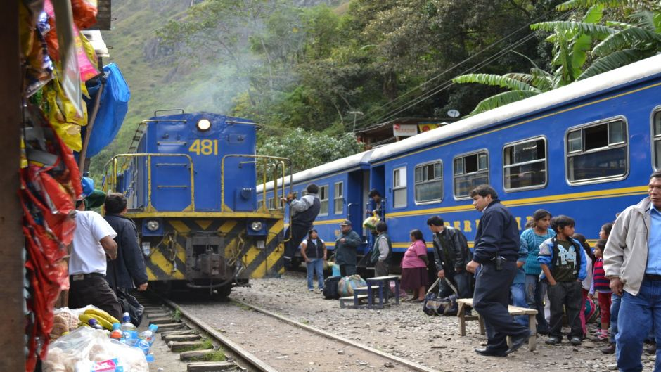 MACHU PICCHU EN TREN EXPEDITION - Cusco, PERU