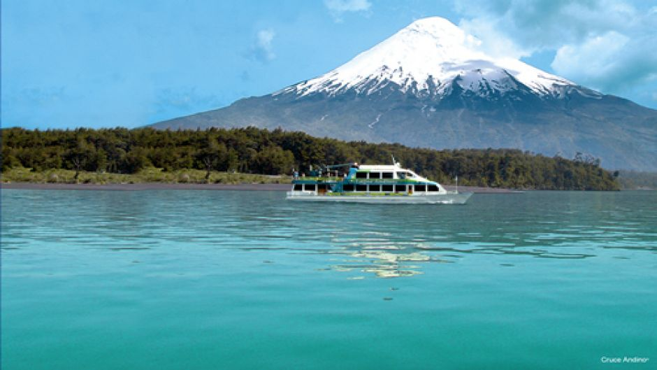 TRANSFER IN + NAVEGACION PEULLA + TOUR A CHILOE + TRANSFER OUT - Puerto Varas, Chile